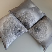 декоративные подушки 30 на 30,новые!!! 3 шт