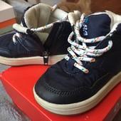 Продам демисезонные ботинки ТМ H&M