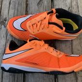 Отличные кроссовки Nike Hypervenon 35 размер стелька 21,5 см