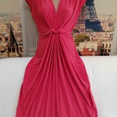 Платье средней длинны, коралового цвета, размер L.