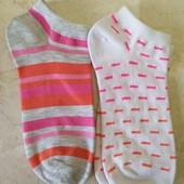 Две пары носочков на девочку