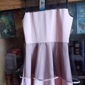 шикарное новое платье 134