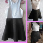 Красивое платье-резинка размер S-M, утяжка, качество, Италия!!!