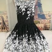 Шикарное платье с кружевом, размер M-L.