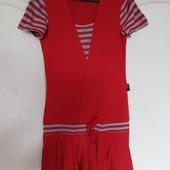 Интересное трикотажной платье с морском стиле! Замеры в объявлении!!!