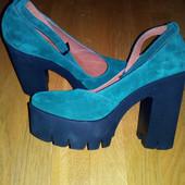 Новые натуральные замшевые туфли босоножки 26 см