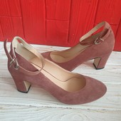Туфлі із натуральної замші зовні і нат.шкіри всередині 24,5 см.