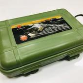 Светодиодный аккумуляторный фонарик в кейсе