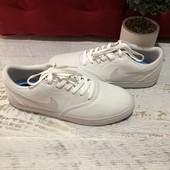 Nike,оригінал,із текстилю,розмір 44,5,устілка 28