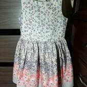 Красивенное платье Next на 5 лет, состояние идеальное