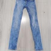 Классные джинсы скинни. Размер 25