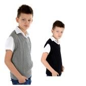 Новый трикотажный жилет на мальчика 7-12 лет