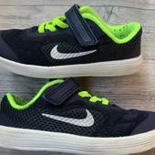 Крутые кроссовки Nike оригинал 27 размер стелька 17 см