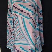 Очень красивое фирменное лёгкое платье на подкладке,s/m