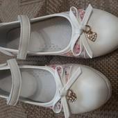 Туфельки на липучку р.35