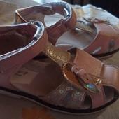 Нарядные босоножки - сандалии для девочки р. 26