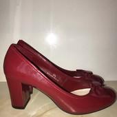Лаковые туфли, стелька 24,5 см