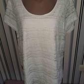 Гіпюрова футболочка на підкладці,розмір22(пог61+)