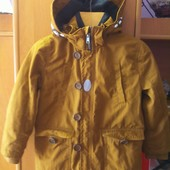 Куртка, парка, деми. внутри подстежка, р. 4-5 лет 110 см, H&M. состояние отличное