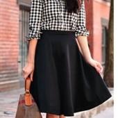 Качественная, стильная юбочка. 40 размер. Пот 31см. Суперовая!!