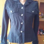 Куртка, ветровка, пиджак. р. М. Oasis. состояние отличное