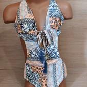 Качественное белье шведского бренда! Шикарный сдельный купальник! Размер 32 евро, но подойдёт девочк