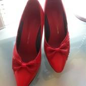 Натуральные кожаные, красные туфли, лодочки Kraus & Co ( Австрия) р. 36 стелька 23 см.