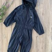 Комбинезон ( без подкладки) на мальчика 12-18 месяцев. Водоотталкивающий. В хорошем состоянии.