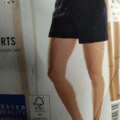 Шикарные трикотажные шорты с кружевом Esmara Германия размер евро L (44/46)
