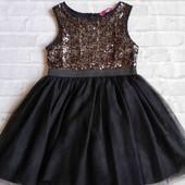 нарядное платье 4-6 лет.