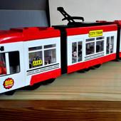 """Большой .дорогой """"Городской трамвай"""",от Big Motors красный 1258-2.ездит.играет.светится .свет"""