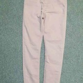 Пудровые джинсы-скинни на девочку 12-14 лет
