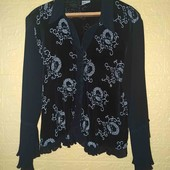 Блузка нарядная с напылением из блестков  р. 54-56