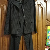костюм 4-ка, в отличном состоянии