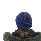 Отличная шапка Производство Украина Новая