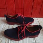 Замшевые закрытые туфли на шнурках, р.37