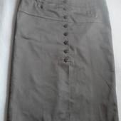 Классная новая коттоновая юбка-карандаш р.38 евро, цвет хаки