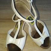 Професійні танцювальні босоніжки для бальних танців р.34. Танцевальная обувь