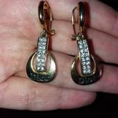 Красивые сережки в стиле Dior c английской застежкой