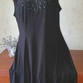 Красивое и качественное платье в размере 56-58!