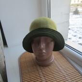 Капелюшок 100% шерсть для гарної леді :)