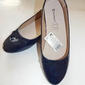 Лаковые туфли балетки