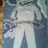 Детский велюровый костюм. Р.98-104. На возраст 3-4 года.