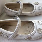 Кожаные туфли Clarks р.11 наш р.27-28 стелька 18,5 см