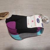 Германия!!! Лот из 8 коротеньких носочков с махрой для девочки! 27-30 размер!