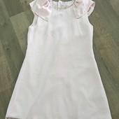 Меганарядное фирменное платье на девочку 152р
