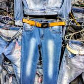 Новые стрейчевые джинсы, поб 48 см, пот 39 см. Высокая талия