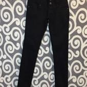 Классные, чёрные джинсики Zebra Basic для юных высоких модниц. В идеальнейшем состоянии.