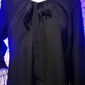 Классическая чёрная блуза esmara.