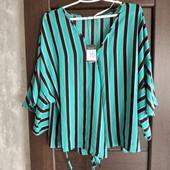Фирменная новая красивая блуза на запах р.18-20